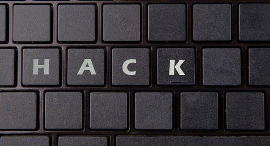 hacking-2300793_960_720